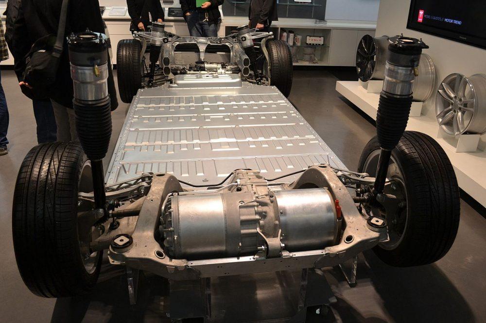 How does it work: Tesla Electric Car | Mechead.com
